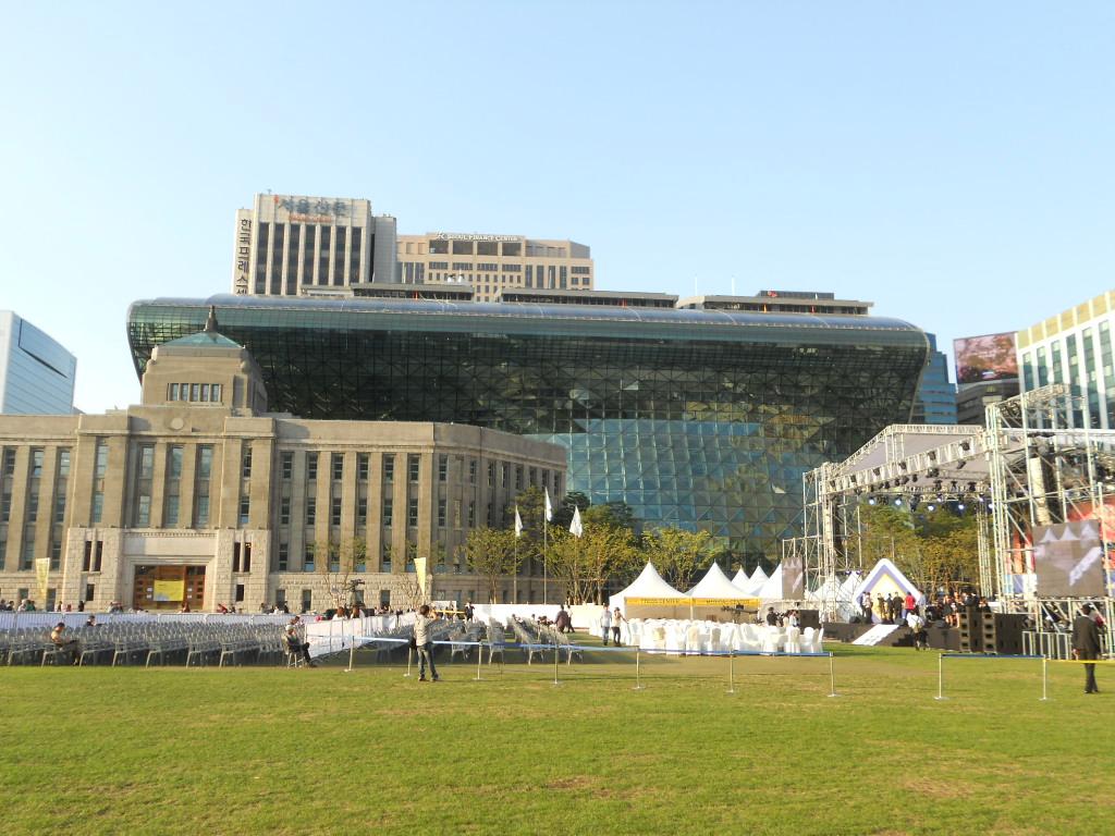 ソウル市新庁舎が完成.jpg